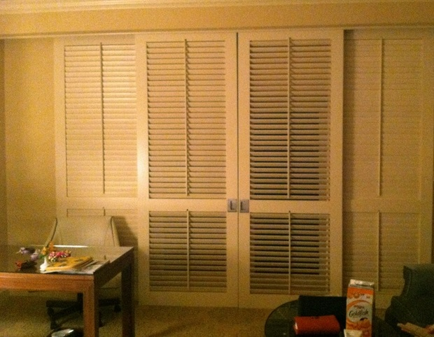 Louvered interior sliding doors