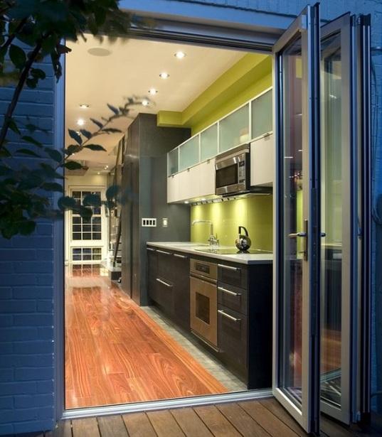Contemporary balcony door design