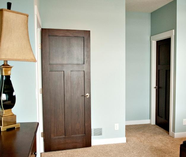 3 flat panel interior doors design with natural wood finish
