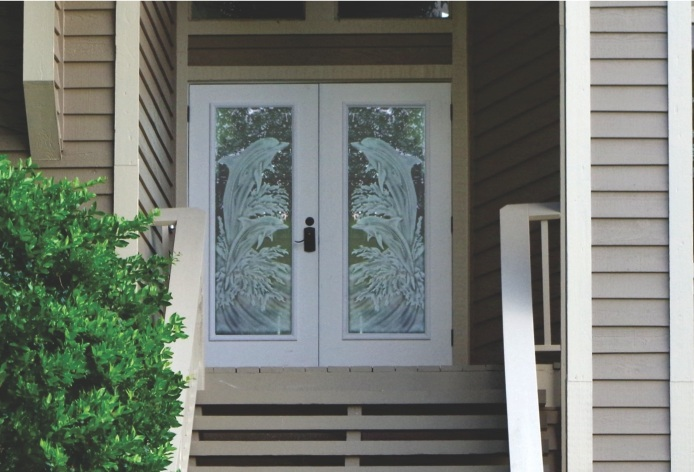 Glass etching designs for doors to beautify your home for Hotel entrance door designs