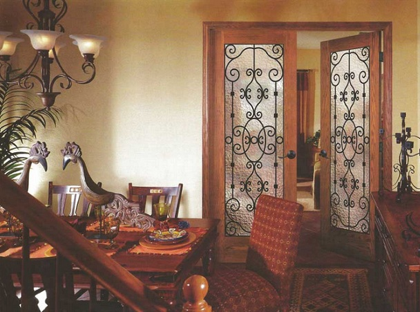 Interior french doors with frosted glass for classic dining room style