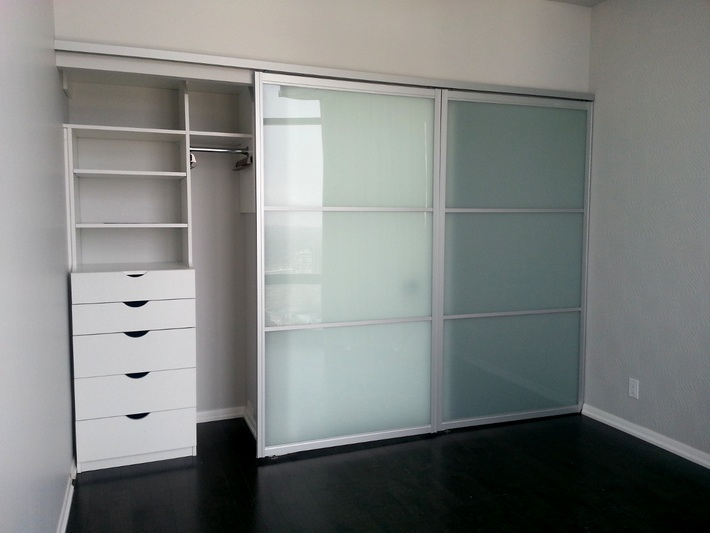 Superieur Frosted Glass And Sliding Closet Doors