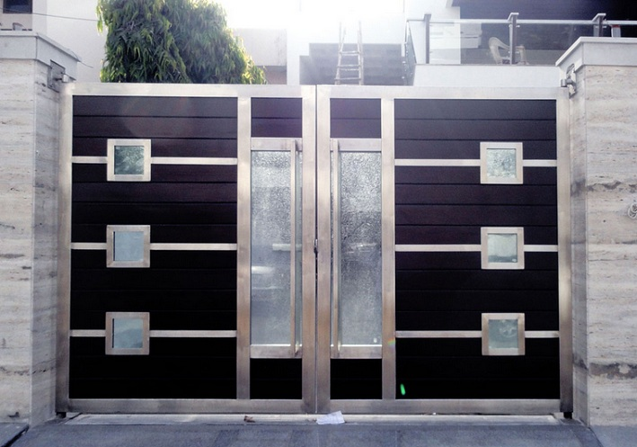 Stainless steel main entrance gate design for modern home for Main entrance doors design for home